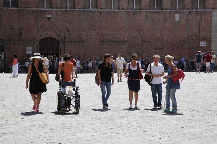Accessibilità, turismo lavoro: un progetto di AISM per donne con sclerosi multipla